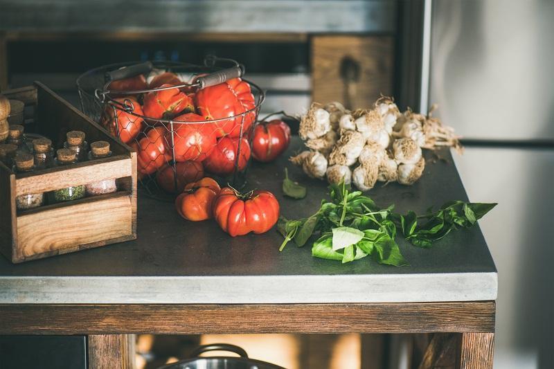 warzywa na blacie